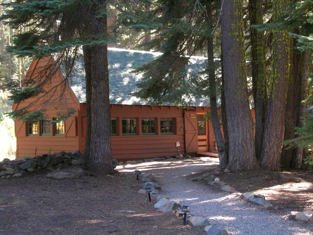 Gold Lake Lodge